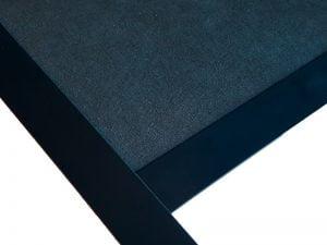 plafond suspendu noir